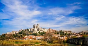 beziers-cathedral-on-top-of-a-hill
