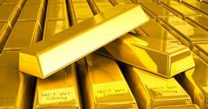 stacks-of-gold-bars-close-up